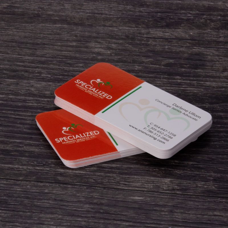 https://colorprinting.colorcopiesusa.com/images/products_gallery_images/business-cards-with-round-corners-ColorCopiesUSA.jpg